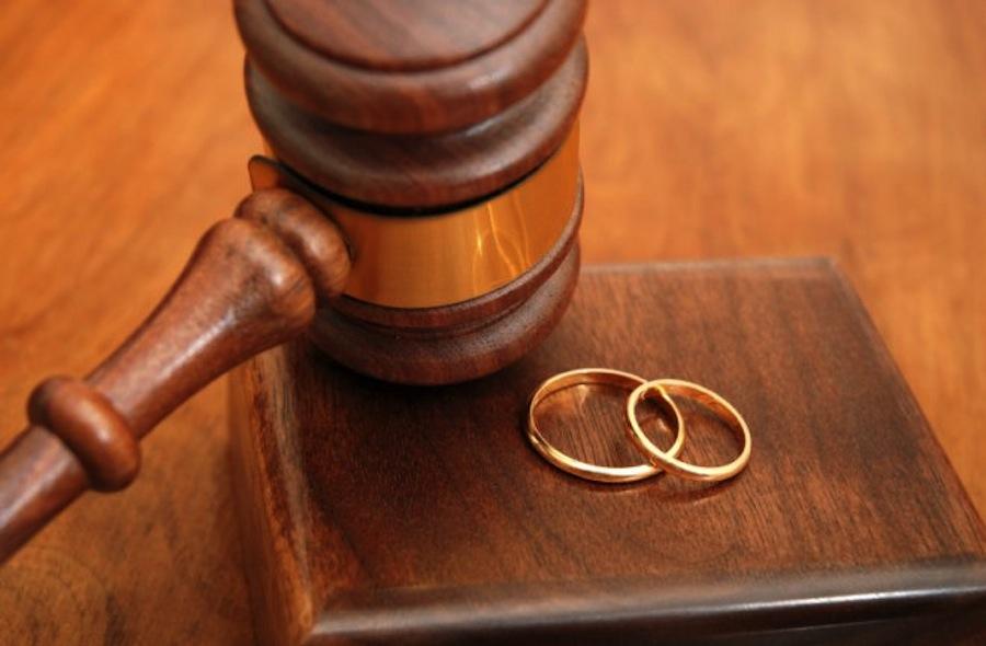Расторжение брака, раздел имущества.